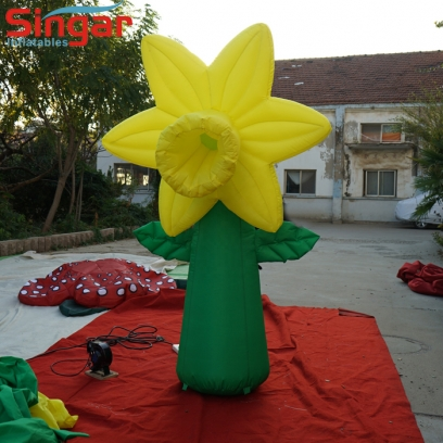 Yellow 2m inflatable garden flower balloon