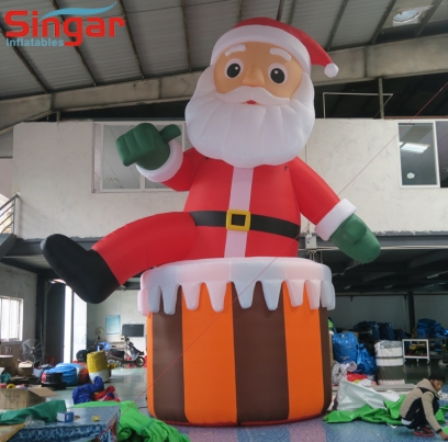 5m(16.4ft) inflatable santa claus on the chimney